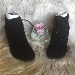 White Mountain Special Black Suede Ankle Booties